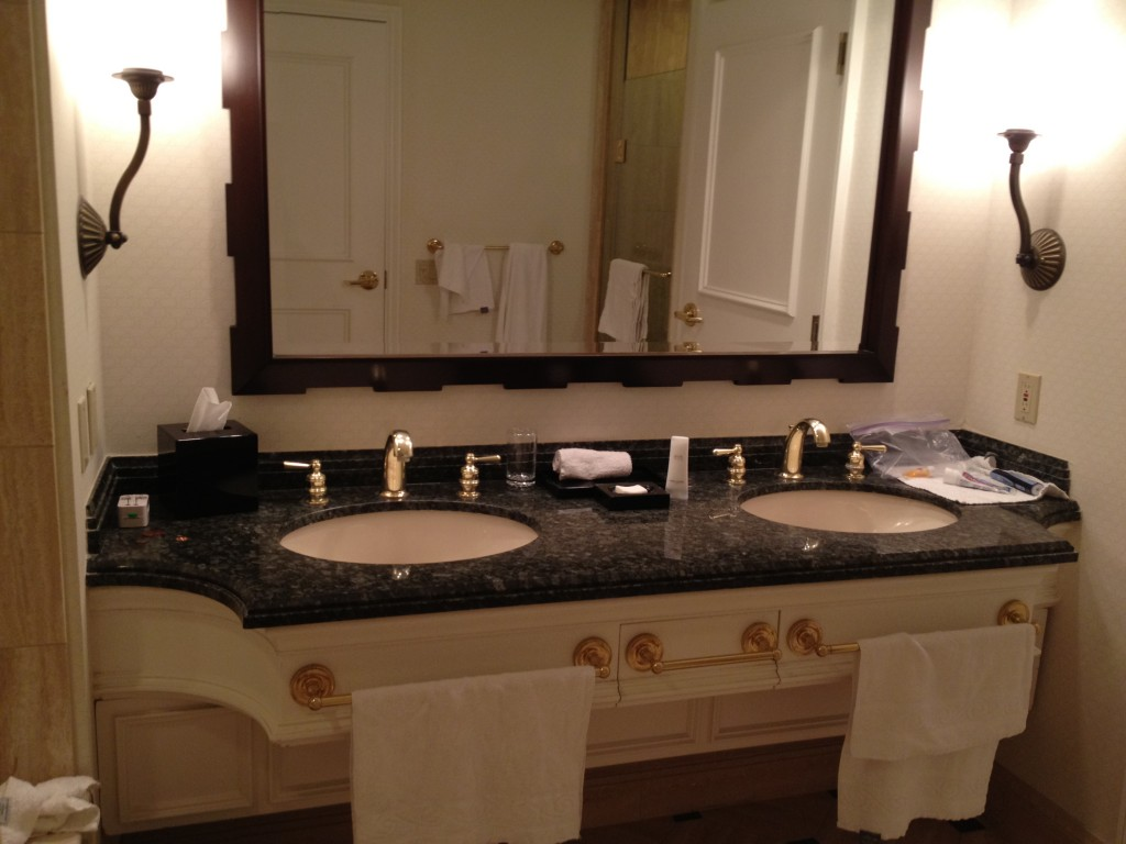Two sinks in the spacious bathroom.